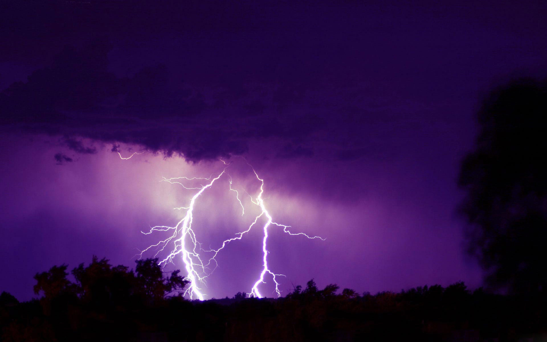 tornado lightning storm live wallpaper for android With Resolutions 1920x1200