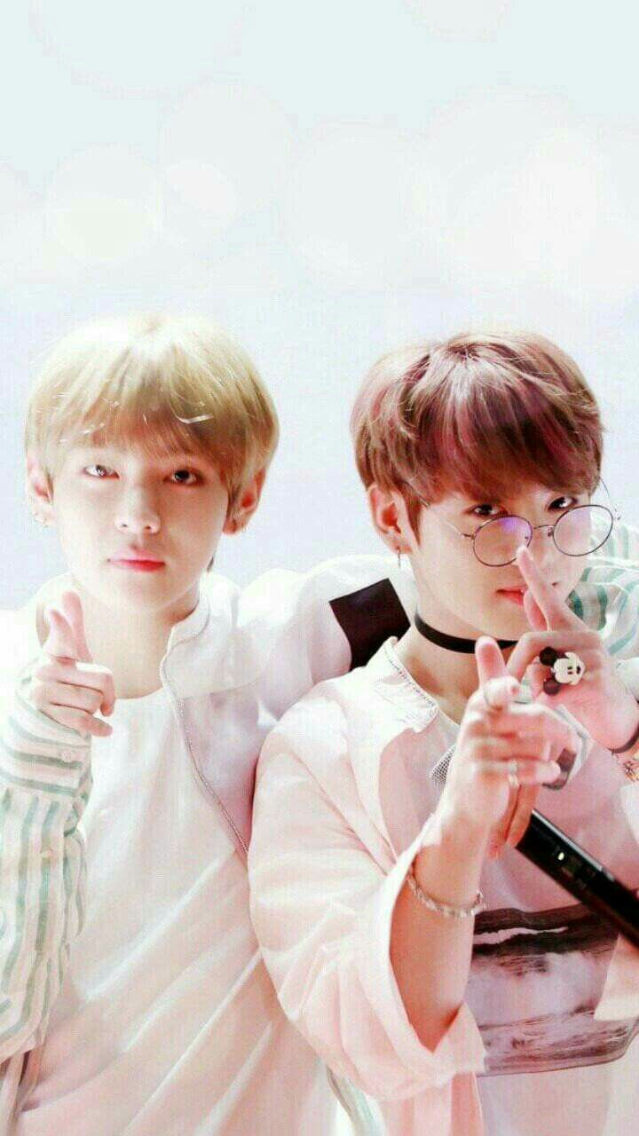 Pin by on Tata Pinterest BTS Taekook and Bts wallpaper 720x1280
