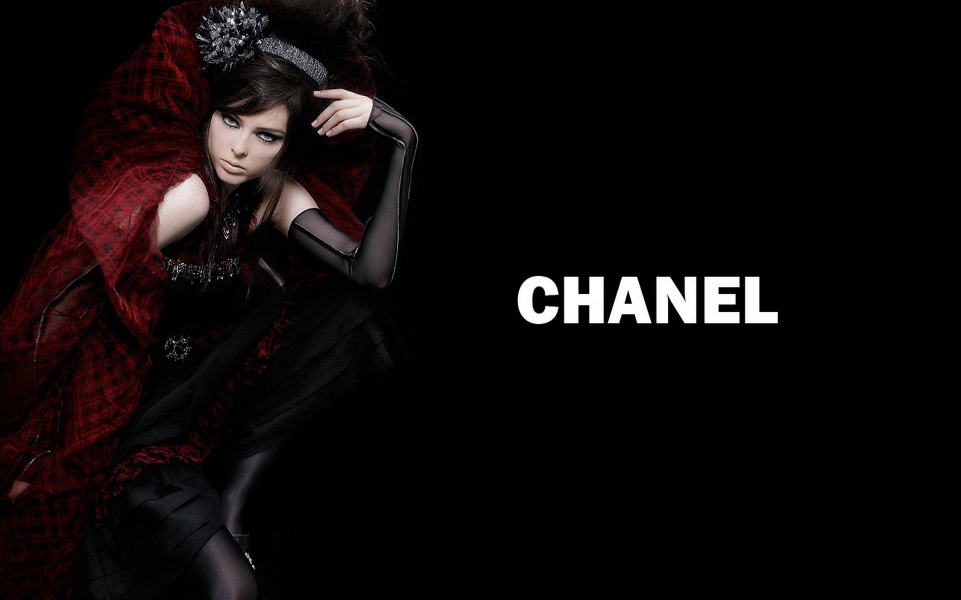 Fashion Wallpapers Chanel Pret A Porter HD 1280x800 Sexy Wallpaper 1920x1200