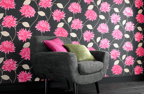 Make sure you get a neat finish in your home when youre wallpapering 500x325