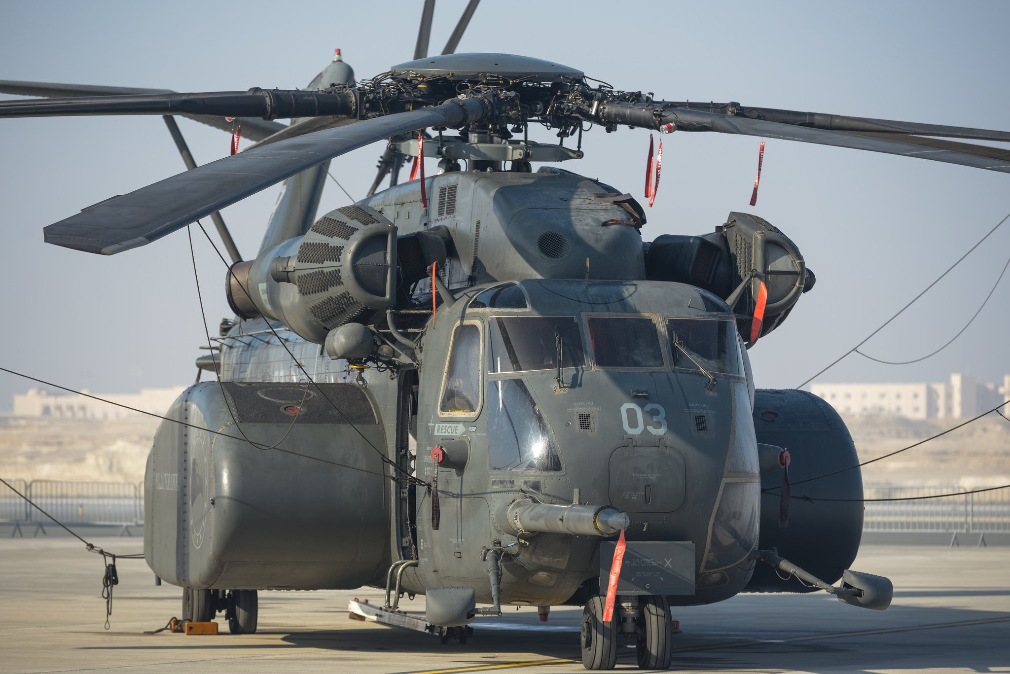 heavy helicopter minesweeper airfield wallpapers photos pictures 2048x1367