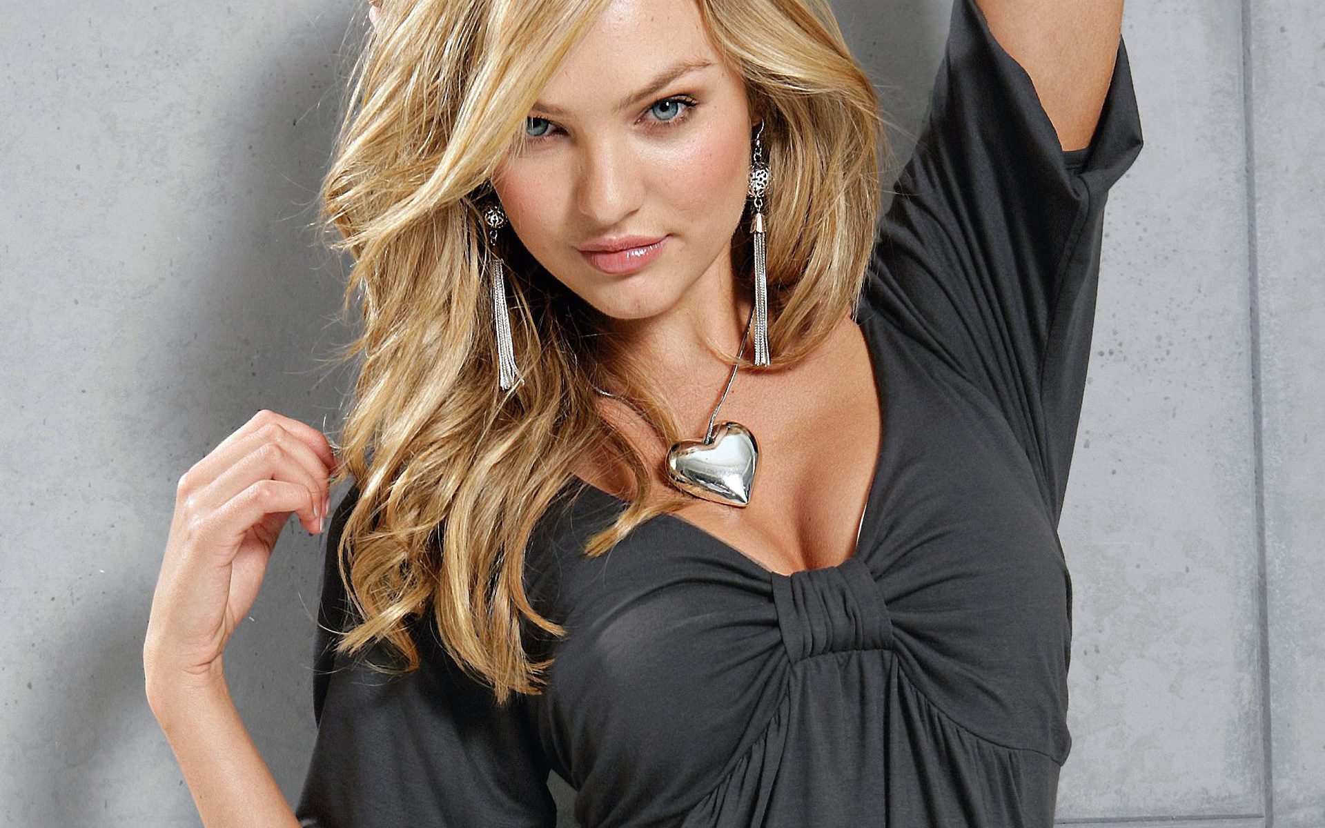 Girl of the week Candice Swanepoel Livin Cool 1920x1200
