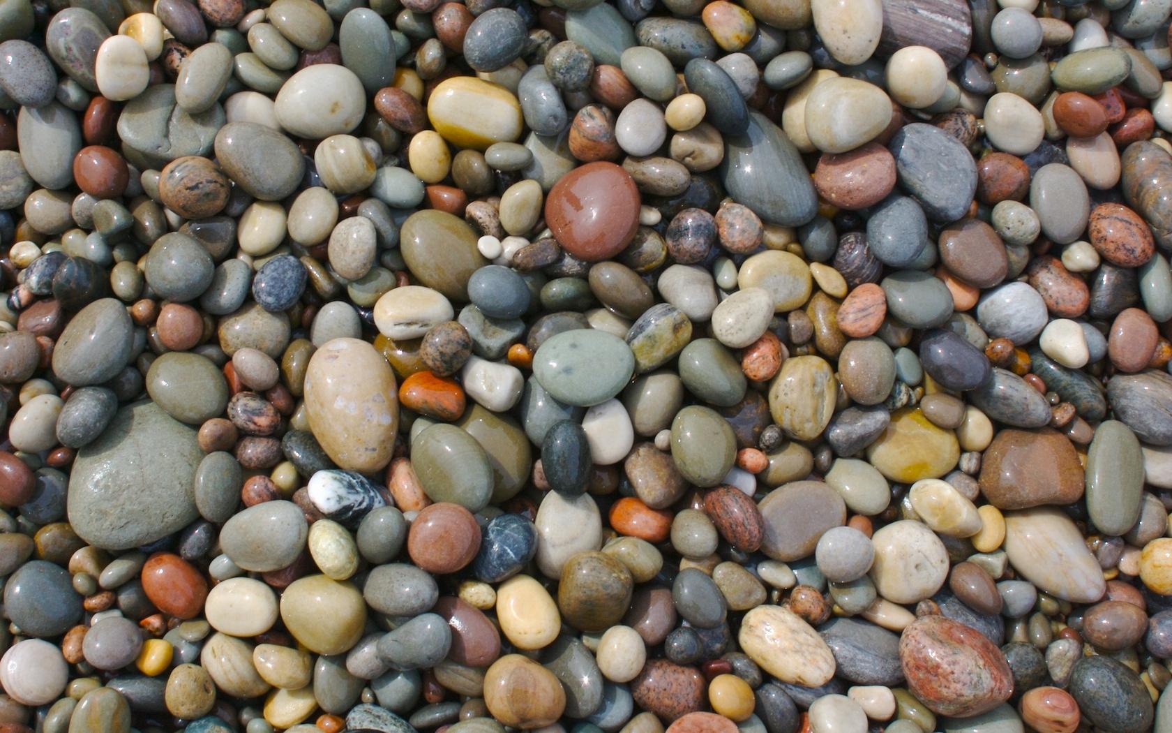 Wet Stones Wallpaper 1680x1050 Wet Stones Pebbles 1680x1050