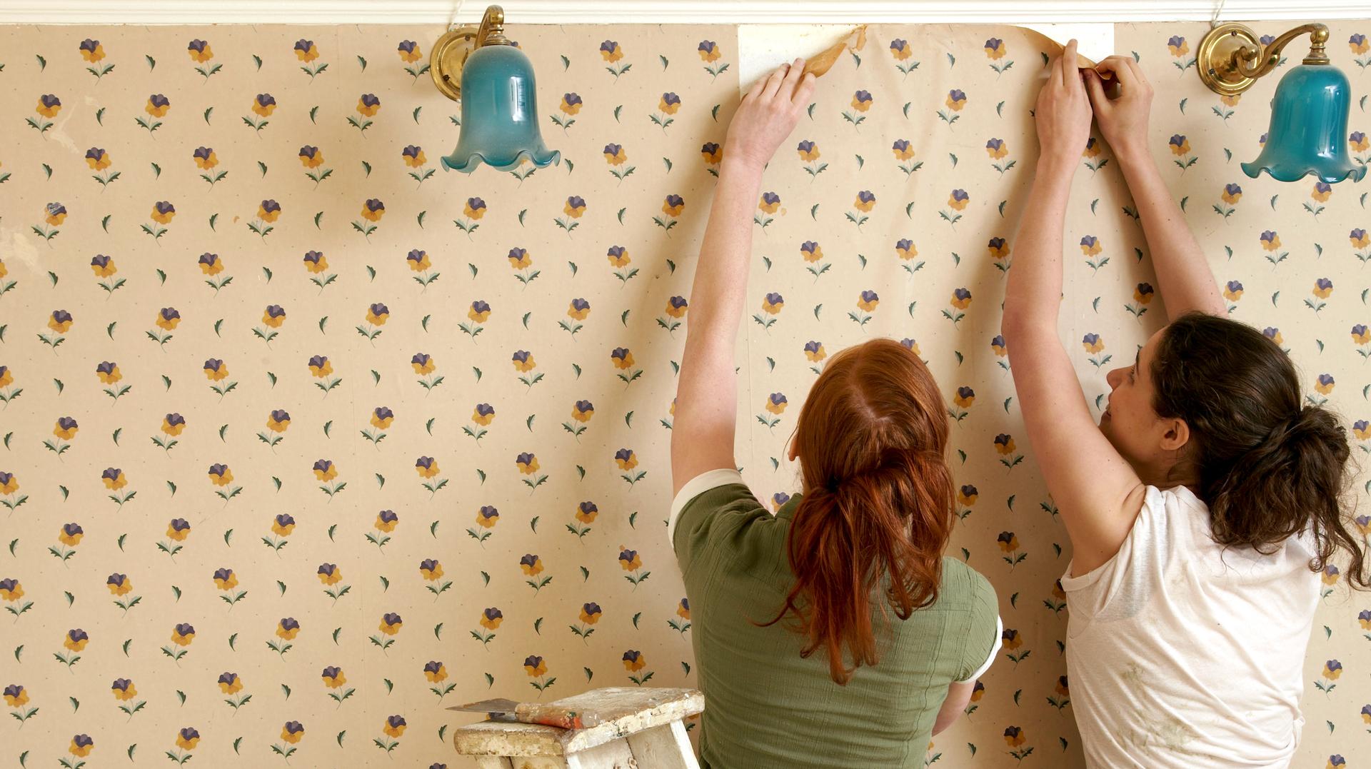 Wallpaper removal hacks that make a tough job easier 1920x1077