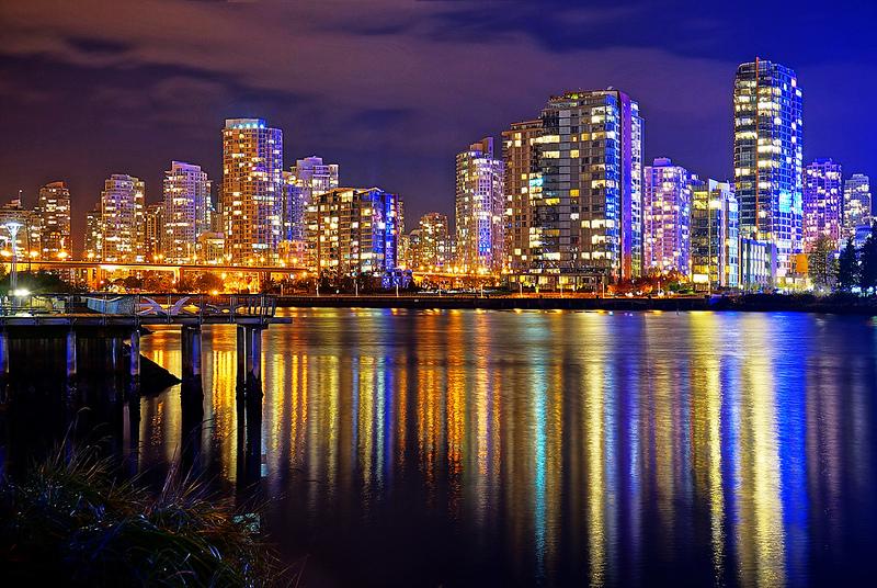 Vancouver skyline at night 800x536