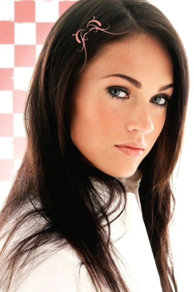 Megan Fox iPhone 4 Wallpaper and iPhone 4S Wallpaper 640x960