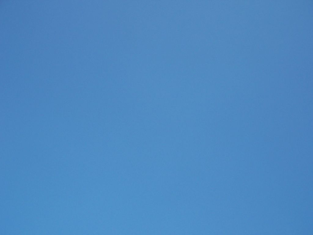 Perfectly Clear Blue Sky Wallpaper Wallpaper ME 1024x768