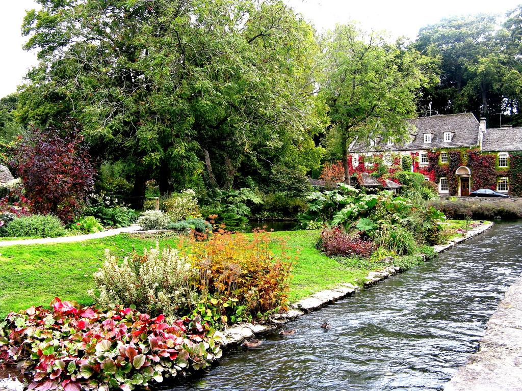 English Cottage Garden wallpaper   ForWallpapercom 1024x768