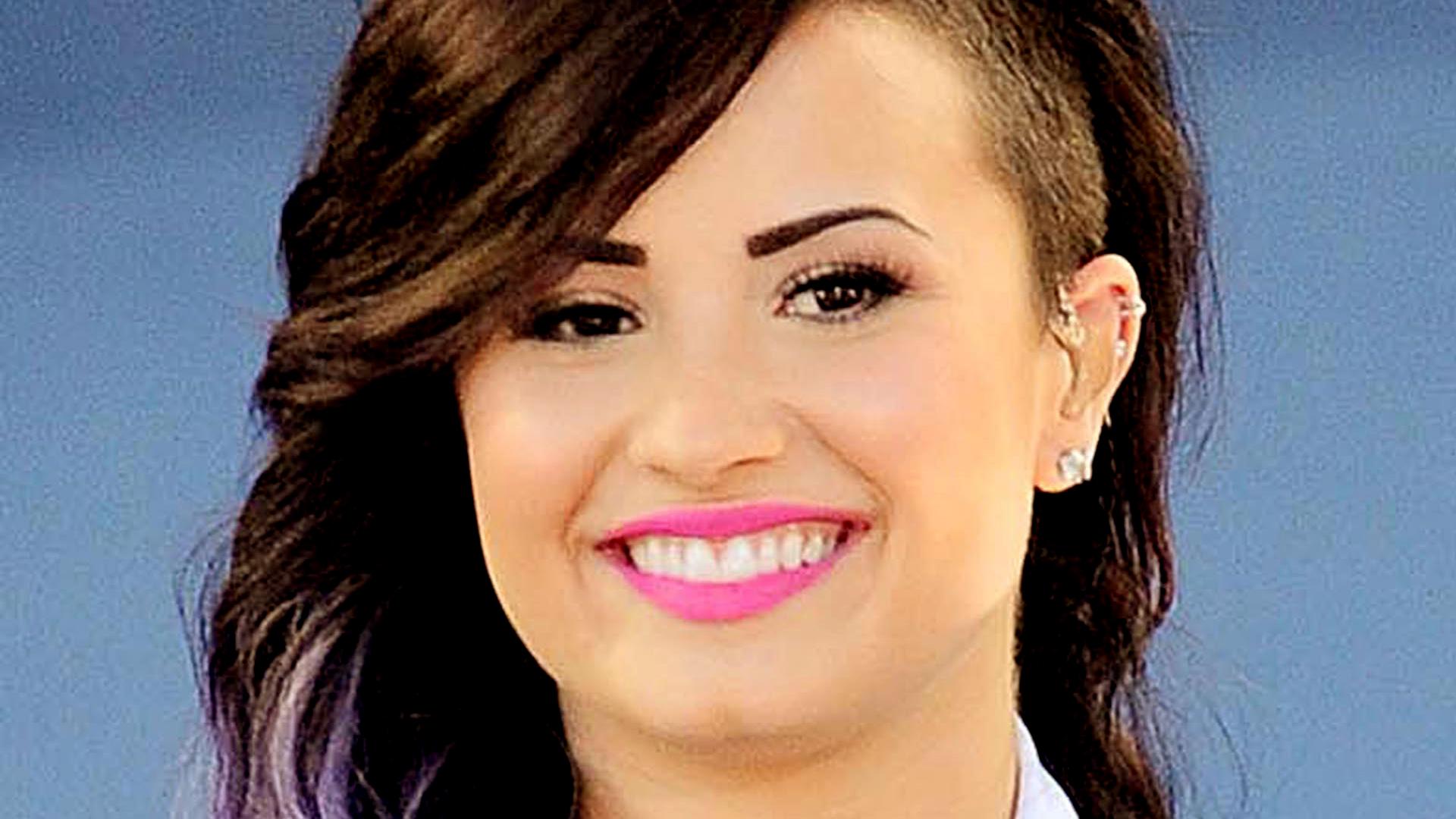 HD Demi Lovato Wallpapers 2 HdCoolWallpapersCom 1920x1080