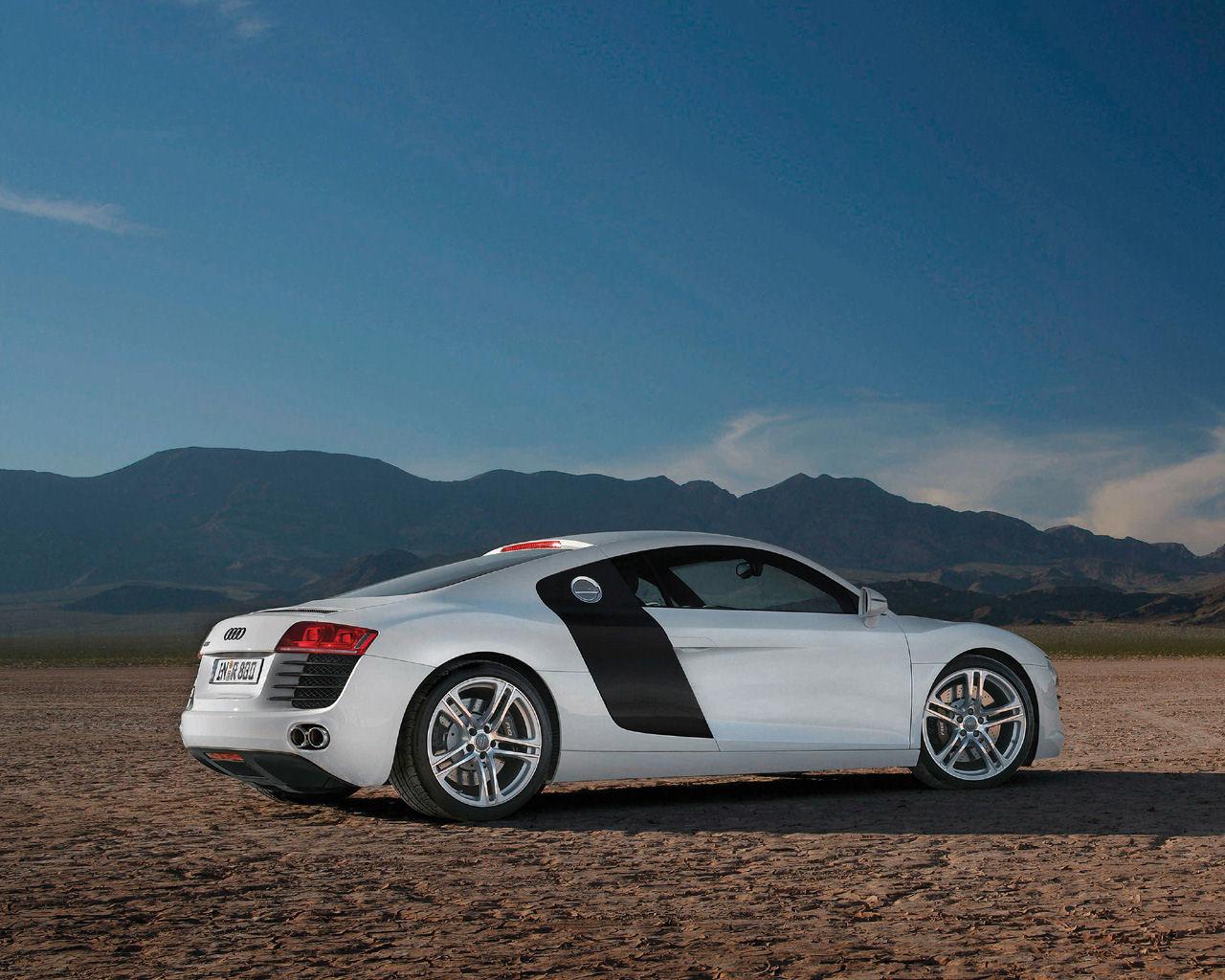 Audi R8 V8 V10 Quattro R Tronic   1280x1024 Wallpaper Desktop 1280x1024