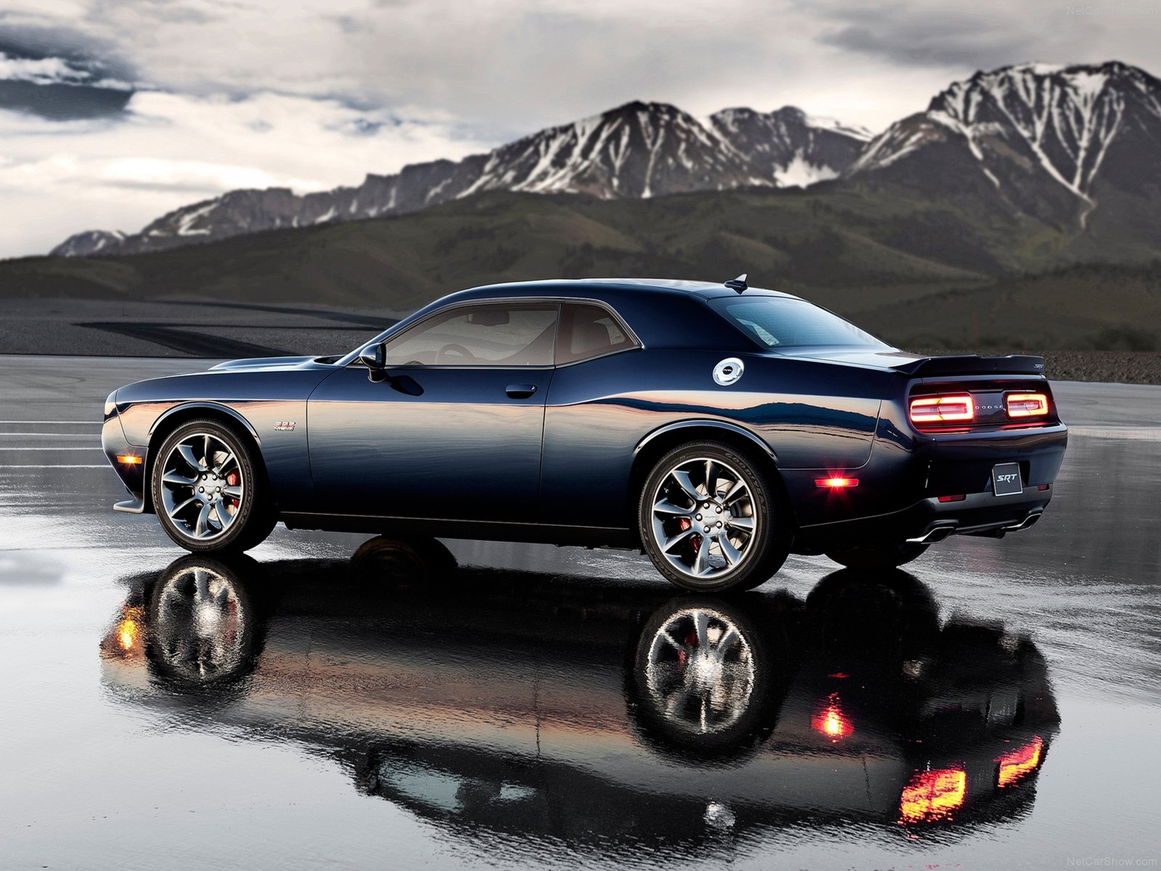 Dodge Challenger SRT 2015 Muscle Car Car Sport Black Wallpaper 4000x3000