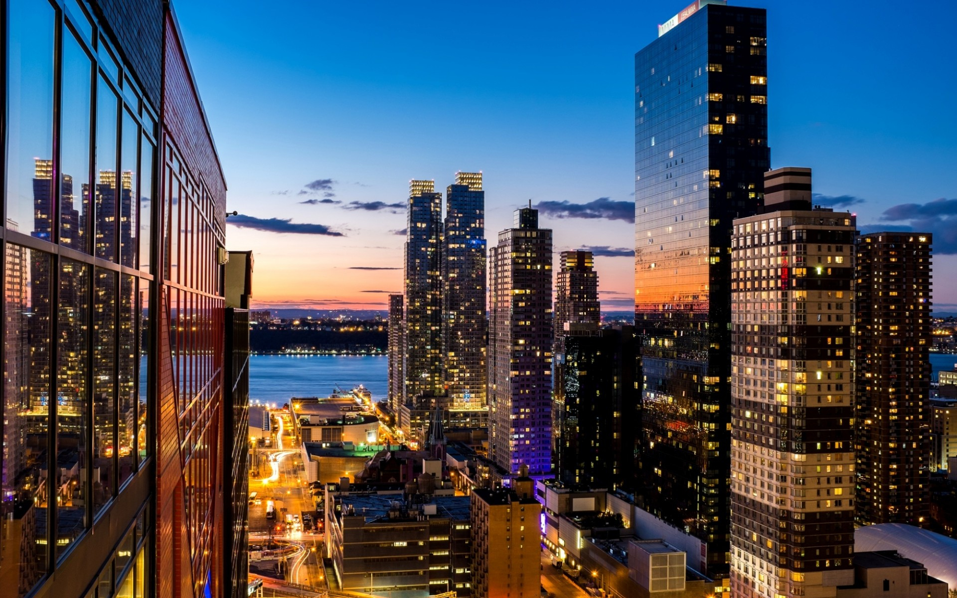 Cityscape New York At Evening Wallpaper Wallpaper with 1920x1200 1920x1200