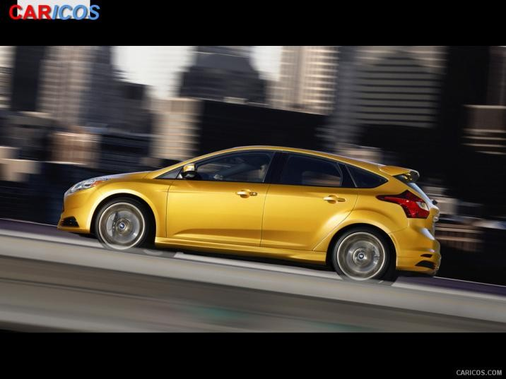 2013 Ford Focus ST Hatchback   Side Wallpaper 8 1600x1200 716x537