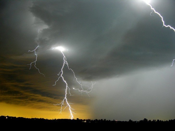 Lightning Storm Bolt Thunder HD wallpapers   Lightning Storm Bolt 728x546