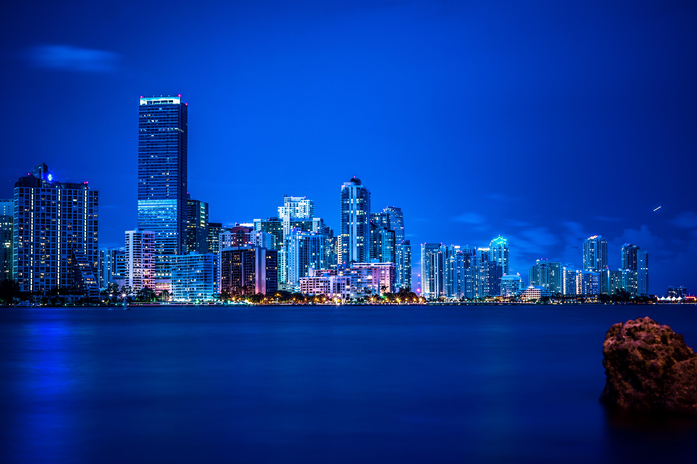 Miami-FL-florida-Miami-night-lights-panorama-vice-