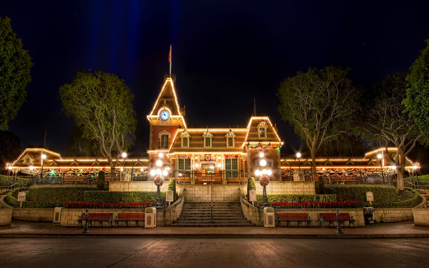 Disneyland Vacations Disneyland Fantasy Christmas Holidays 1440x900