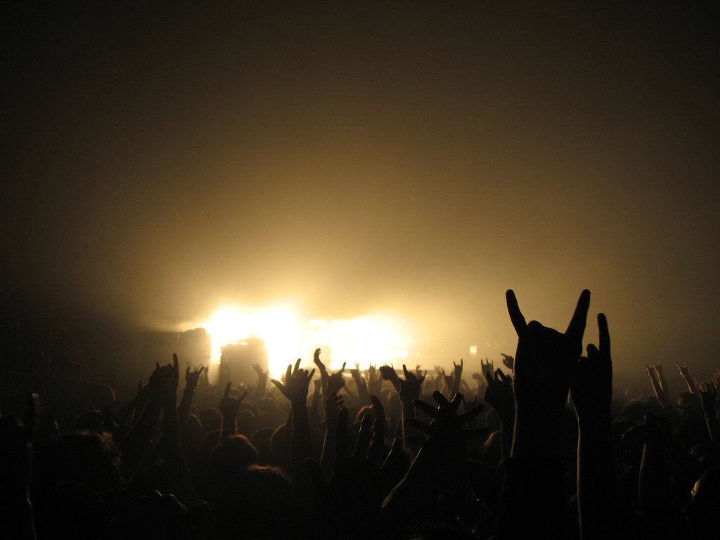 46 rock concert wallpaper on wallpapersafari - Concert crowd wallpaper ...