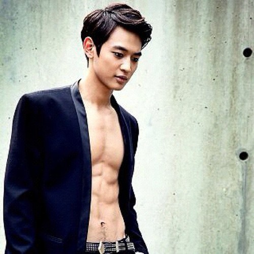 MINHO   Choi Minho Photo 34003677 500x500