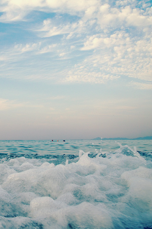 Stunning California Beach House Inspired By The Horizon: Buddhist IPhone Wallpaper