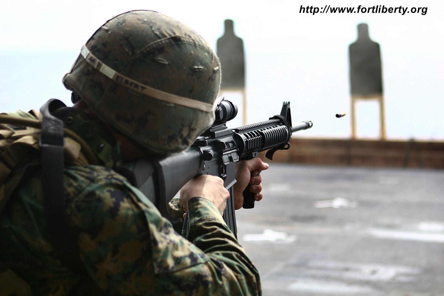 Marine Corps Screensaver   US Marine Corps Screensaver 1800x1200