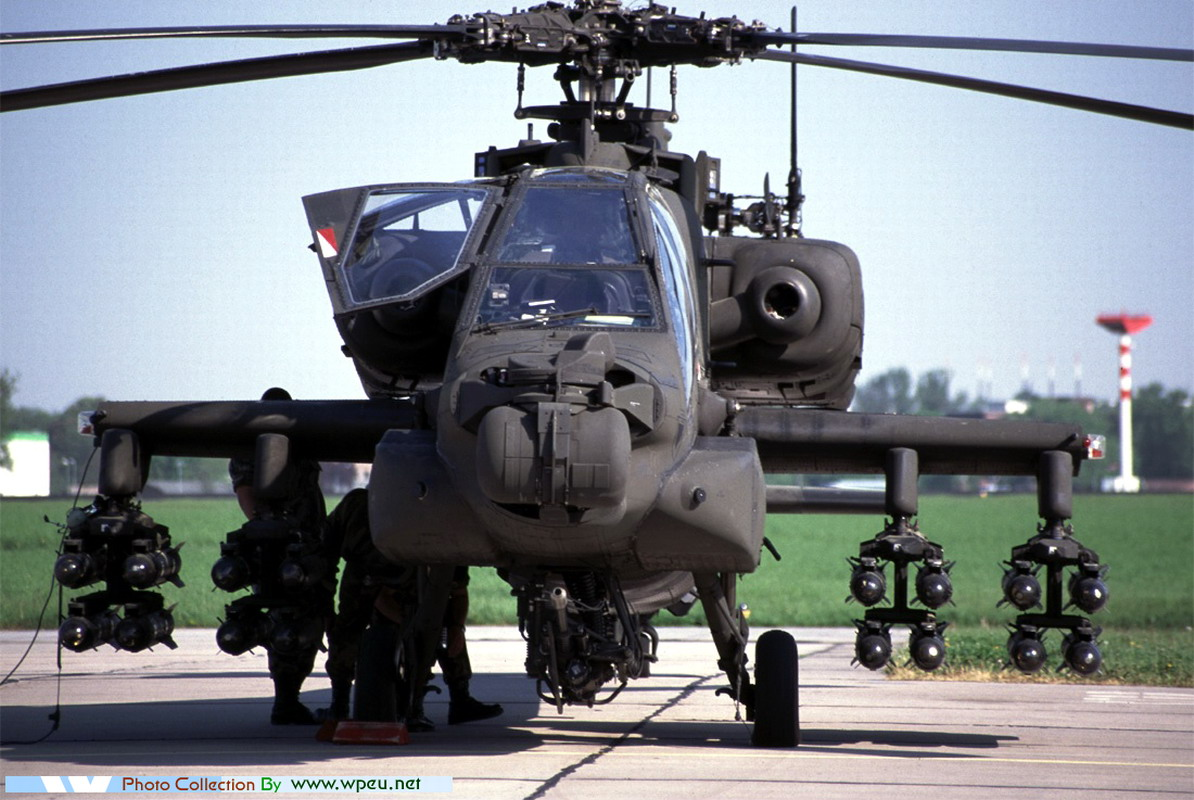 AH64 Apache Helicopters Wallpaper 1194x800 AH64 Apache helicopters 1194x800