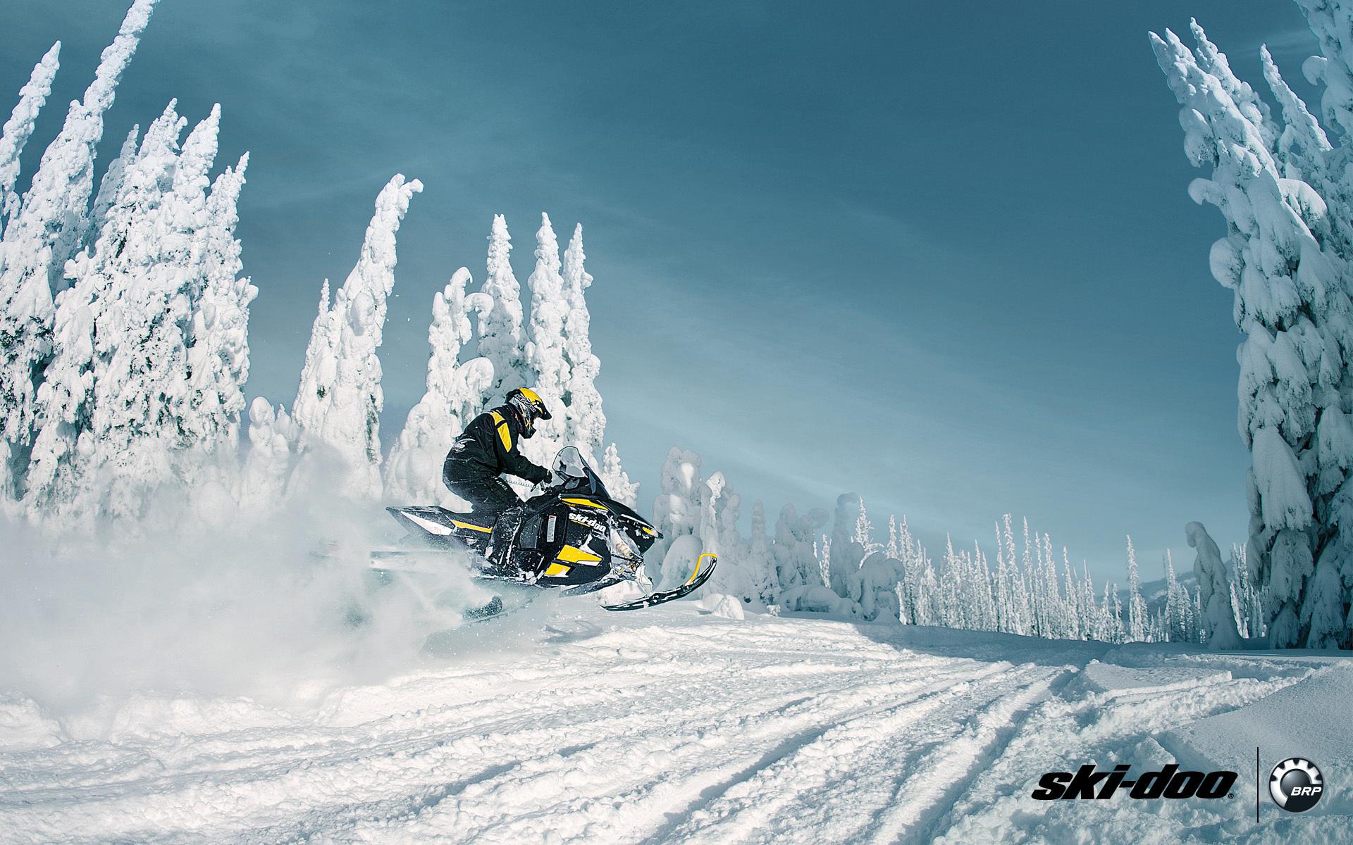 Ski doo skidoo renegade adrenaline snowmobile snowmobile brp 1680x1050
