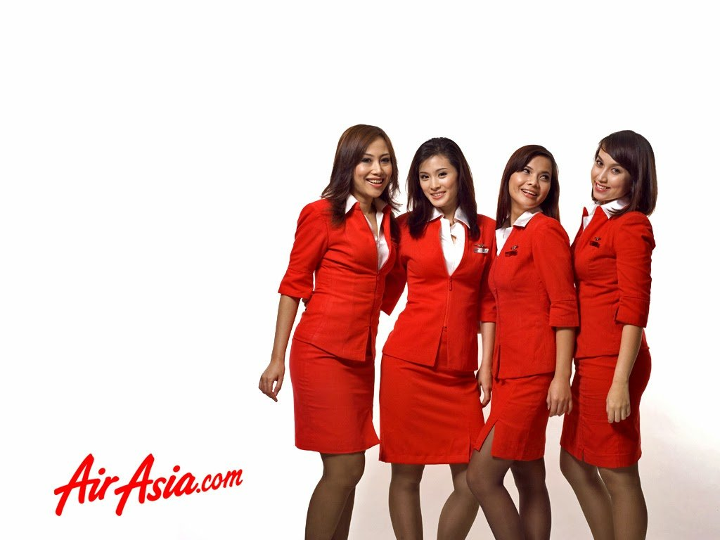 Air Asia flight attendants are taking the promotional photography for 1024x768