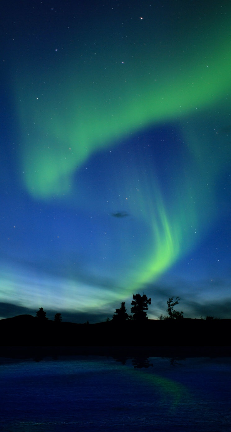 Northern Lights iPhone 5 Wallpaper iPod Wallpaper HD   Download 744x1392