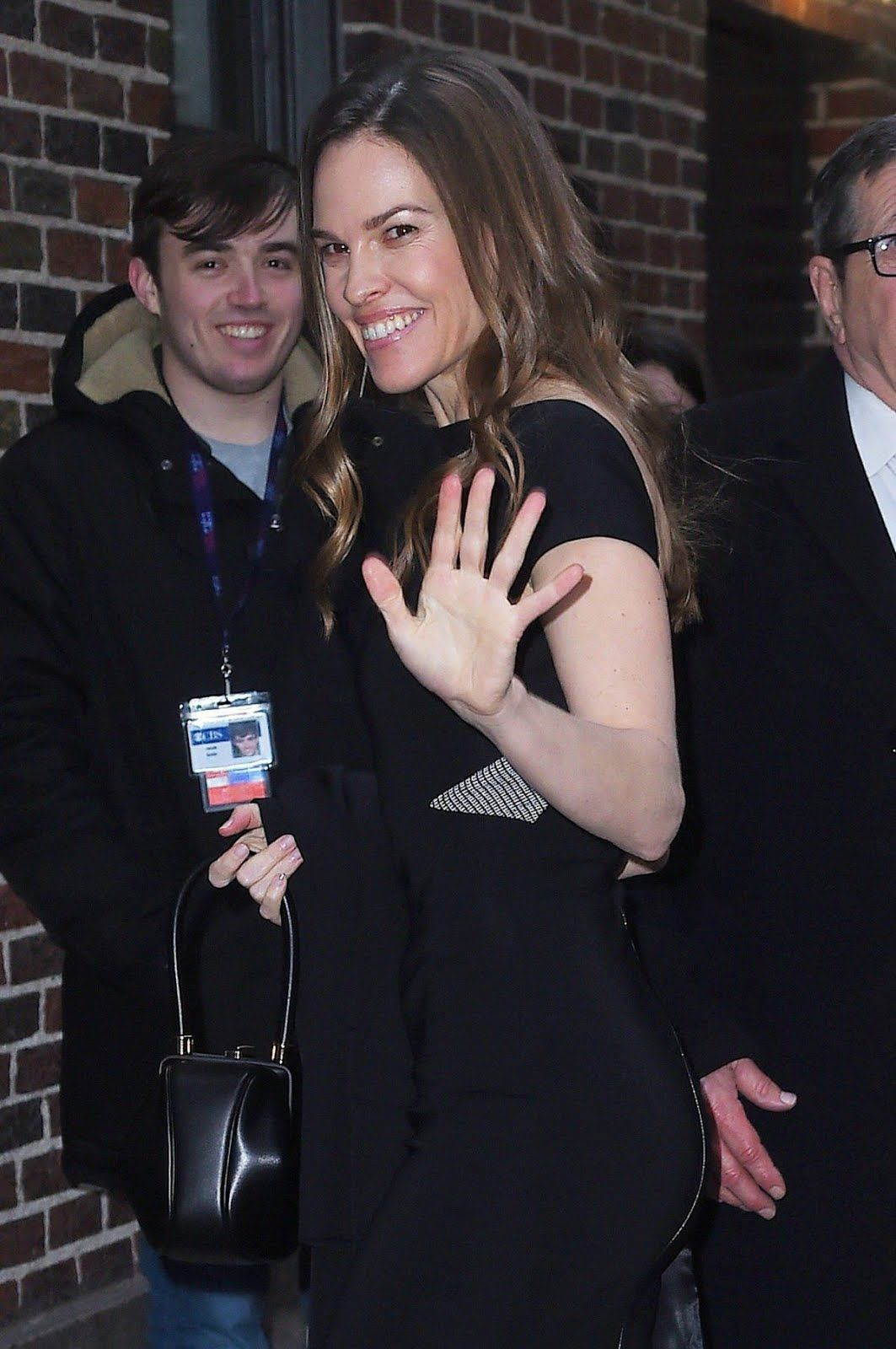 Hilary Swank Arrives At Late Show With Stephen Colbert In New York 1063x1600