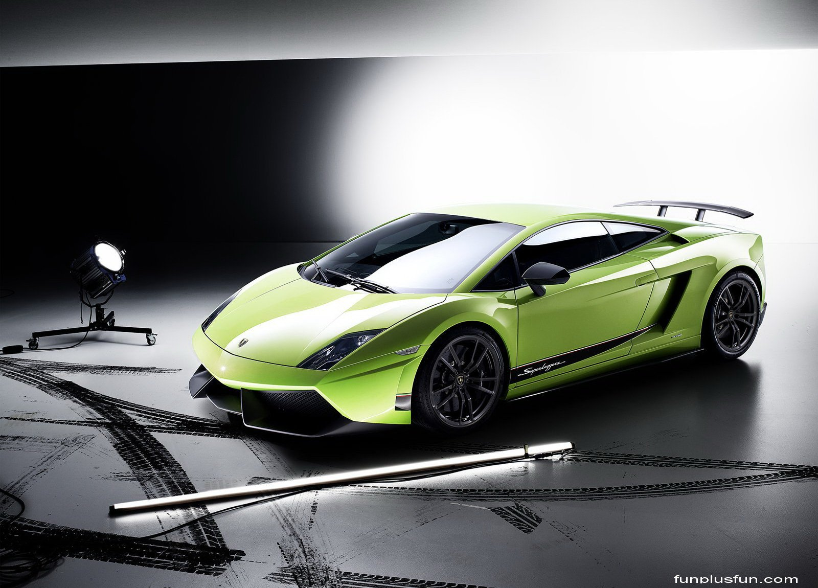 Cool Wallpapers HD Cars Cool Wallpapers HD 1600x1150