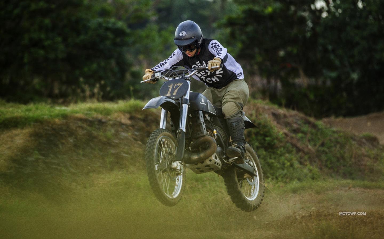 Custom motorcycle desktop wallpapers Deus Ex Machina Swede 1440x900
