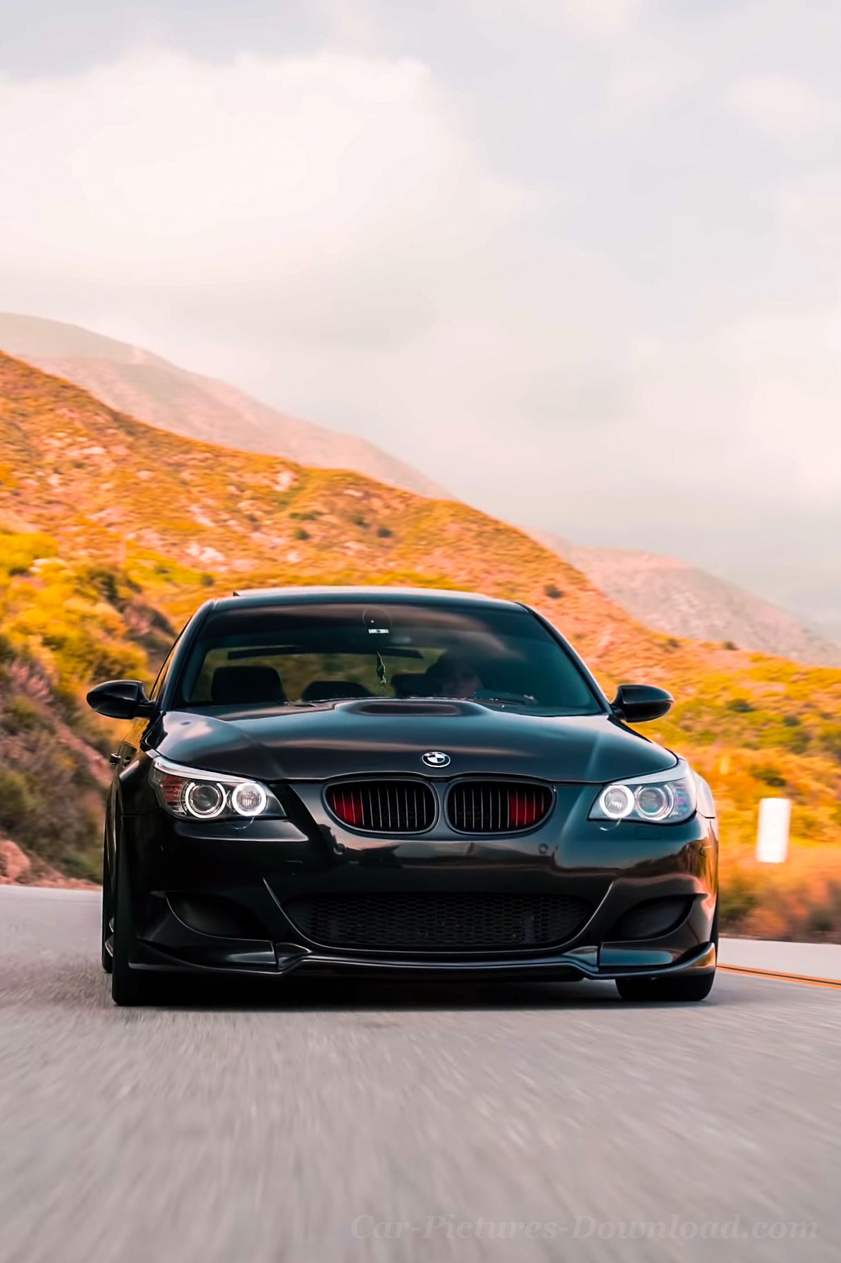 BMW M5 Wallpaper Images   PC Mobile Device   Picture Download 1219x1829
