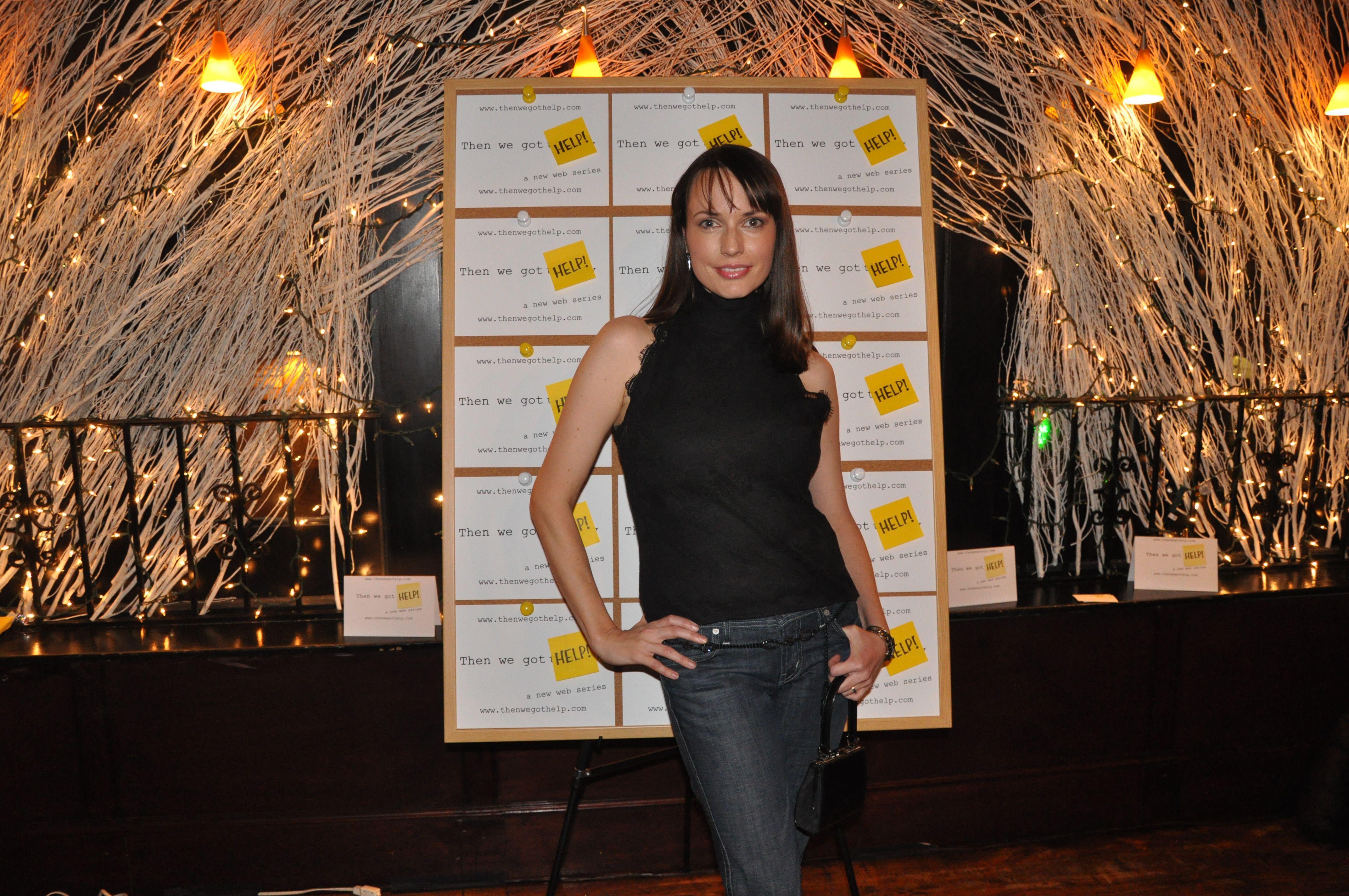 Julie Ann Emery Wallpapers Backgrounds 4288x2848