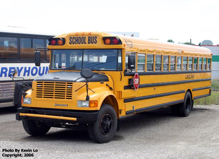schoolbus1 700x508