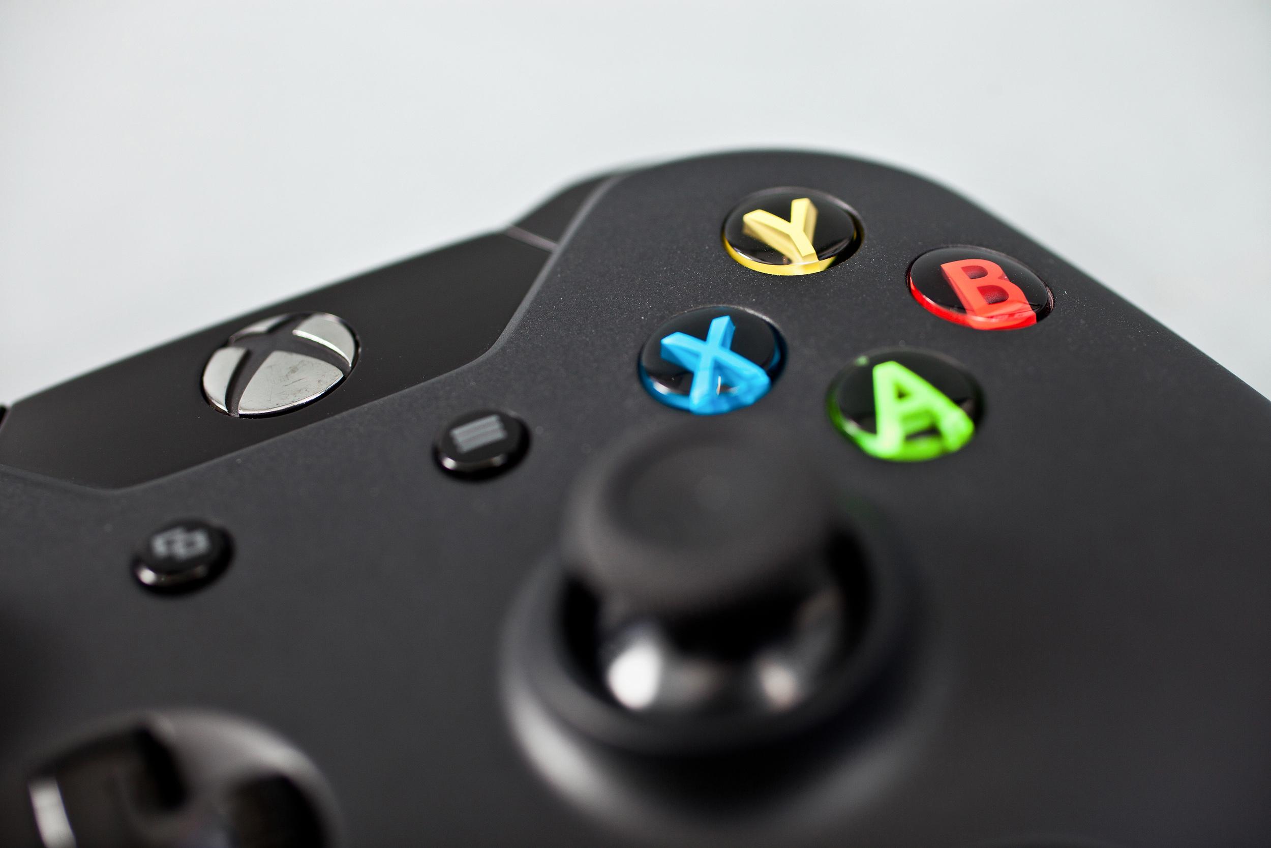 Gamewallpapers in het weekend Xbox One vs PS4   intheGame 2500x1667