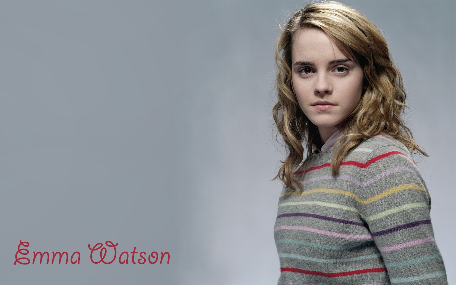 Emma Watson Plays With Kittens (While Answering Fan ...