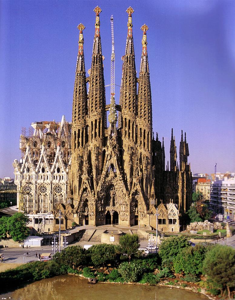 gaudi sagrada familia barcelona pc android iphone and ipad wallpapers 776x990
