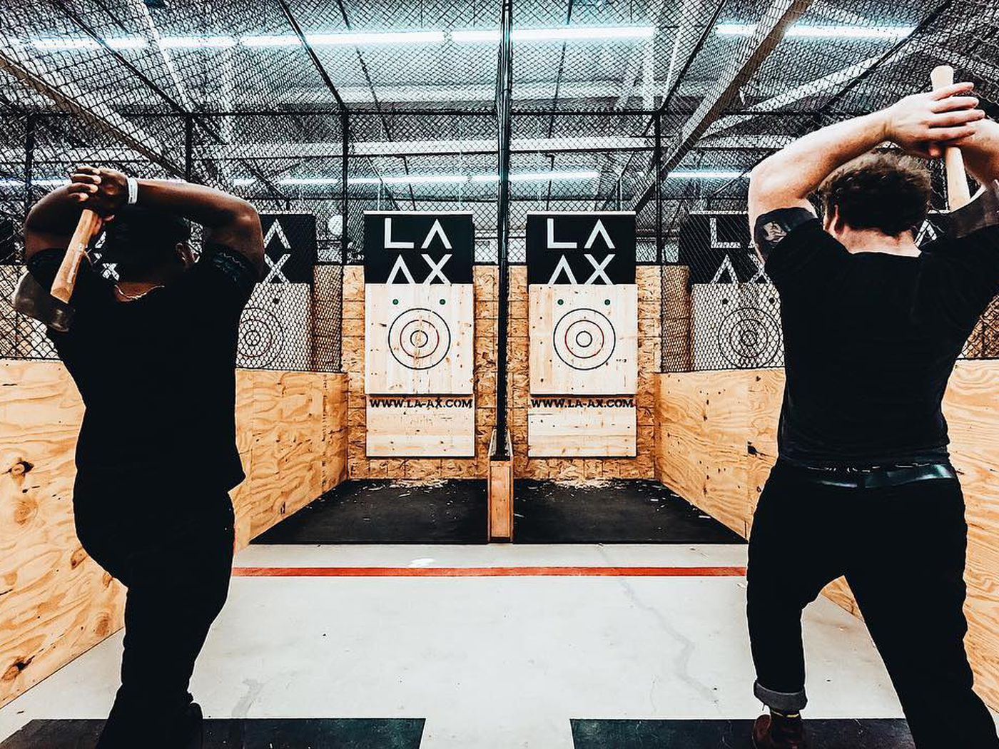 LAs First Ax Throwing Bar Just Opened in a North Hollywood 1400x1050