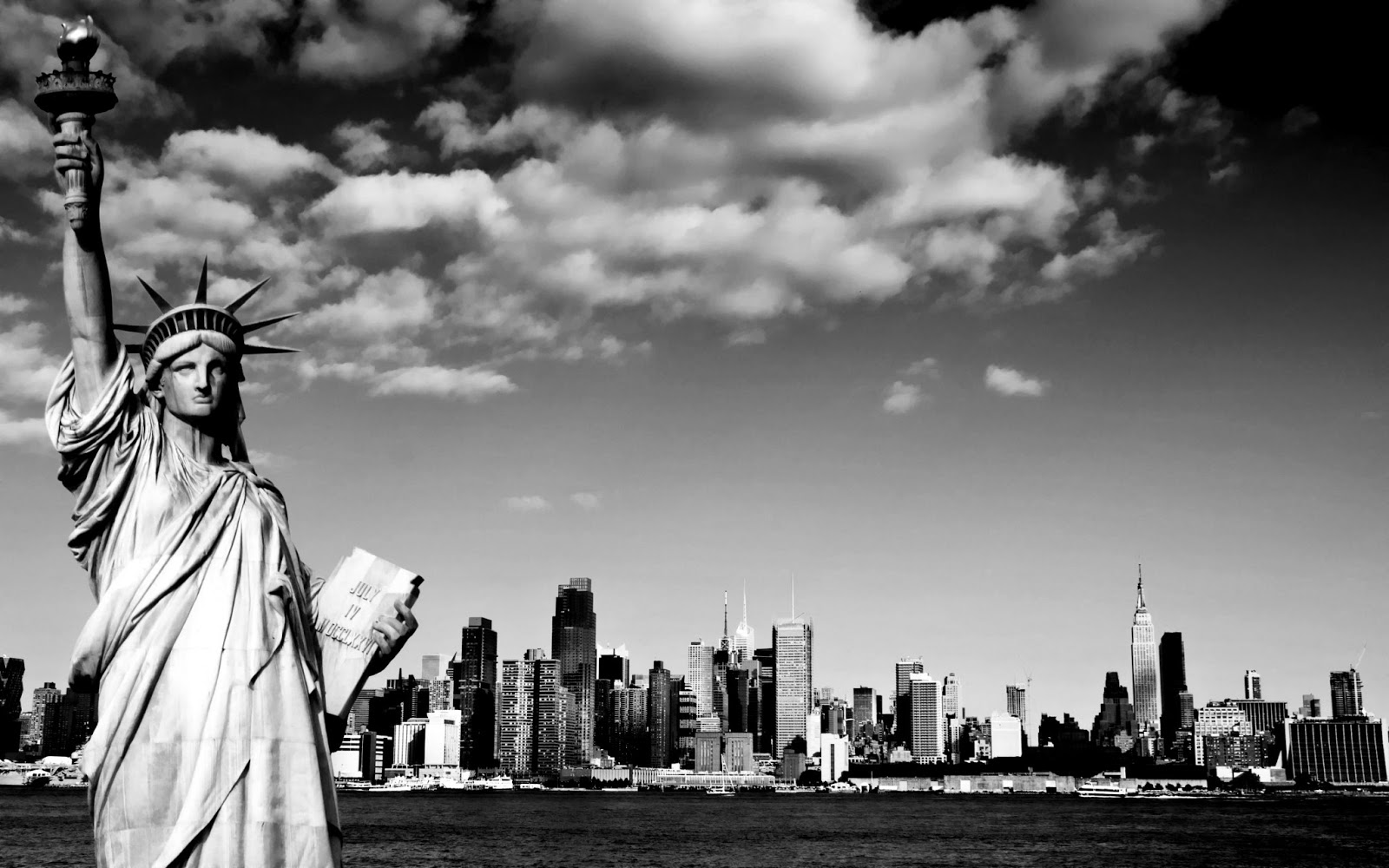 of liberty Black and white photography Black and White Photography 1600x1000
