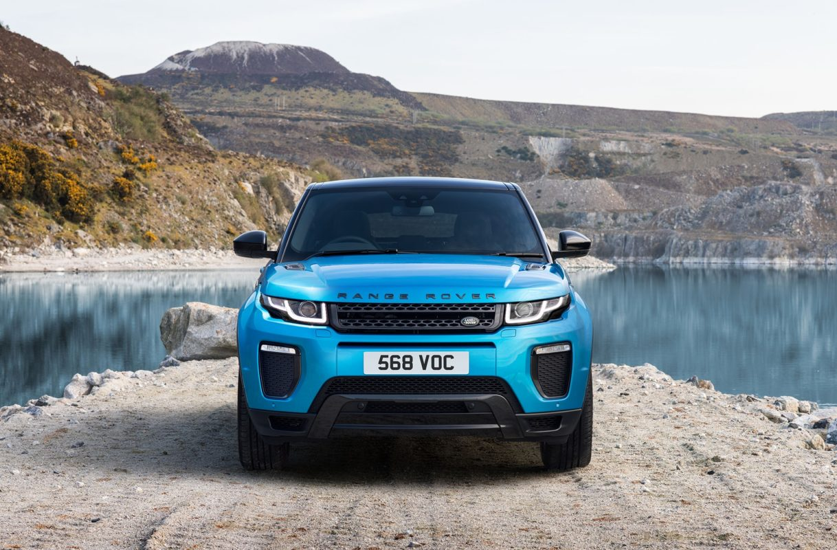2019 Range Rover Evoque Rear HD Wallpapers Car Preview Rumors 1218x800
