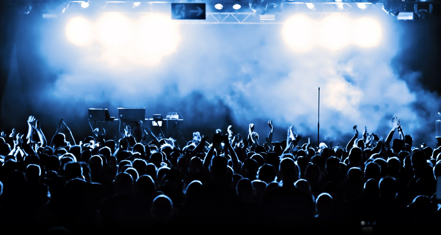 Concert Crowd From Stage Background Images Pictures   Becuo 1500x800