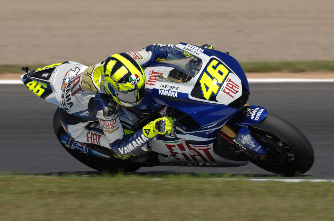 Valentino Rossi MotoGP HD Wallpaper   HD Wallpaper HD Wallpaper 1280x850