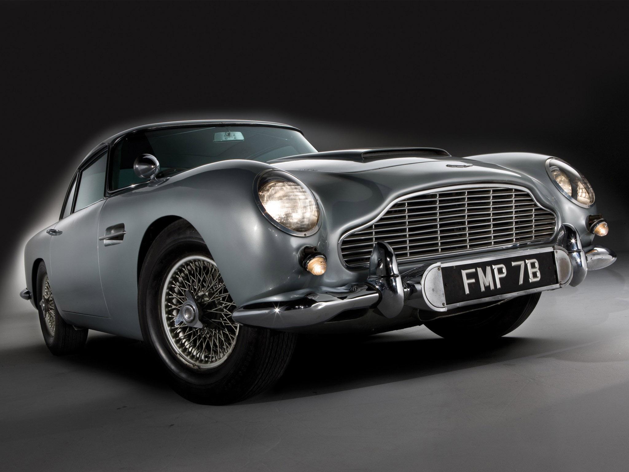 Aston Martin DB5 Wallpaper Image 2048x1536