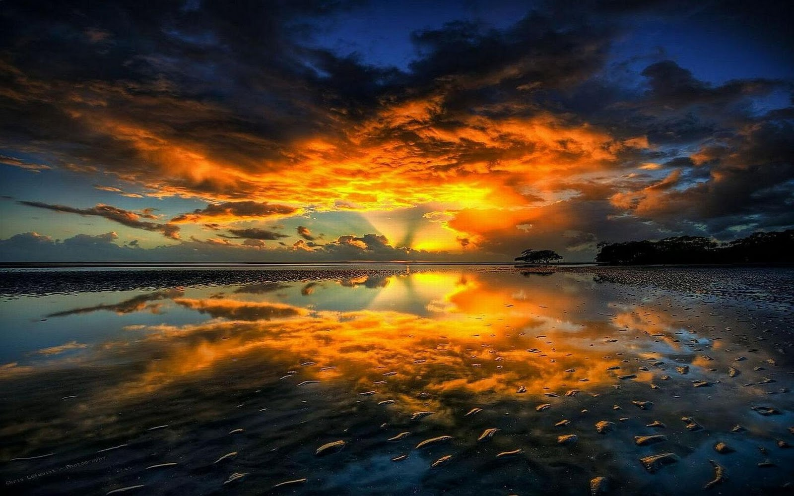 Sunset on the River Hd Desktop Wallpaper 1600x1000