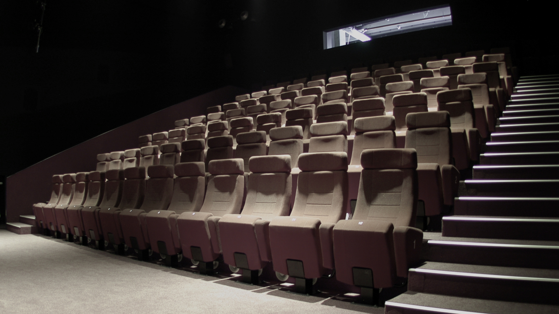 Movie theater wallpaper wallpapersafari for Wallpaper home cinema