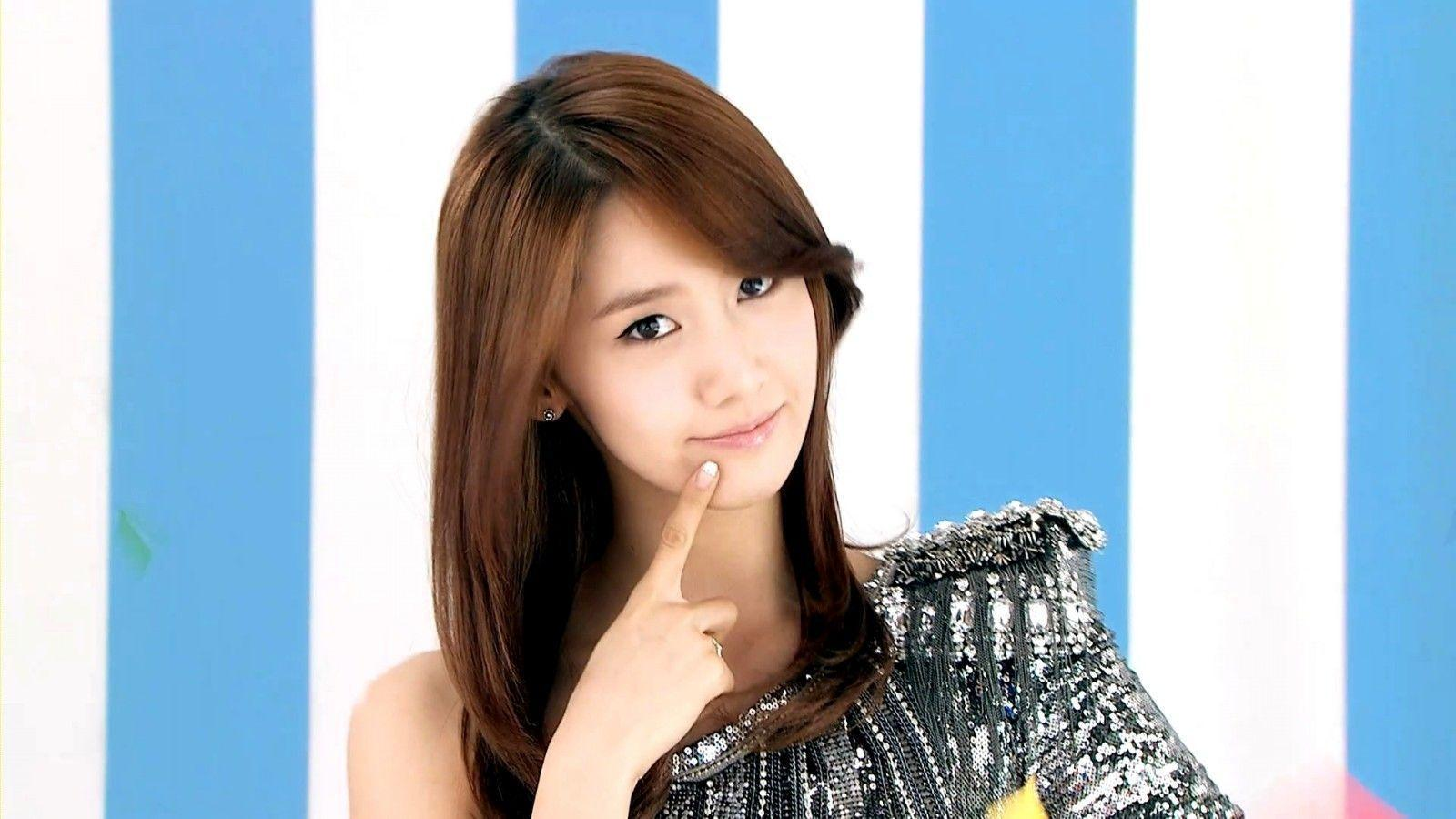 Yoona HD Wallpapers 1600x900