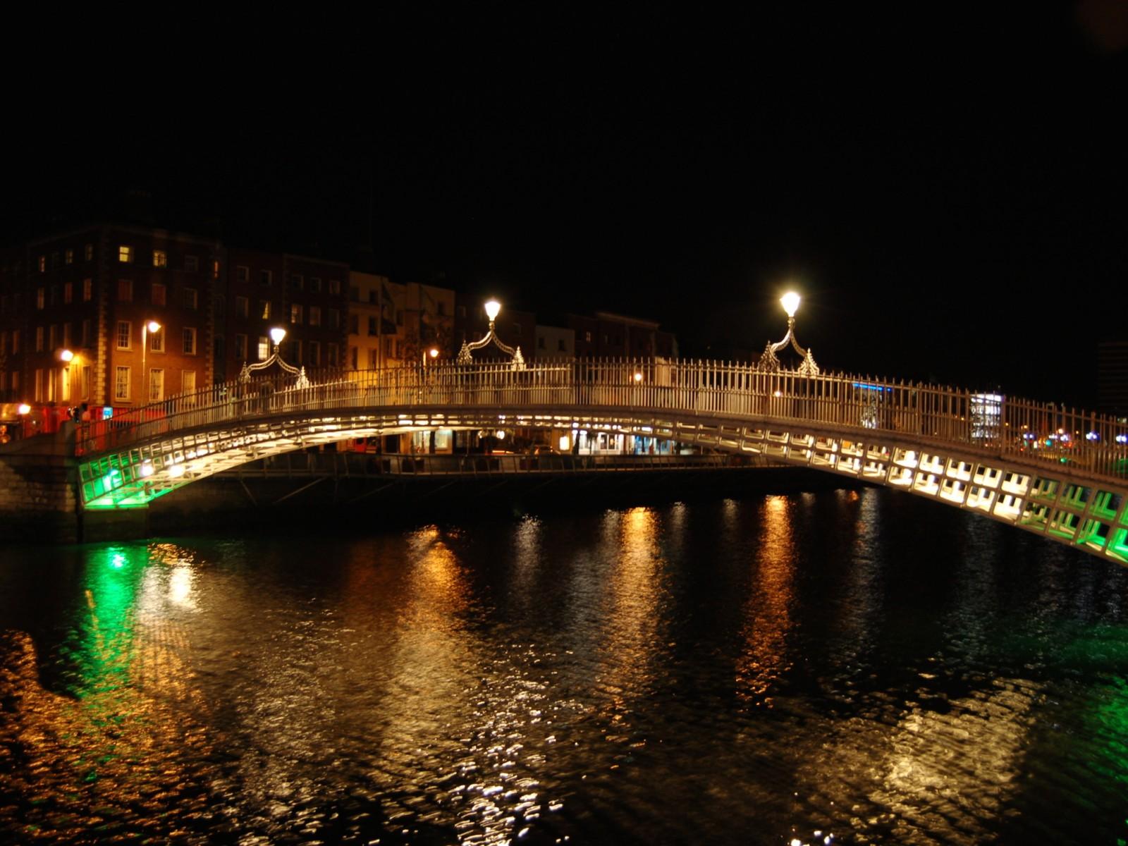 Hapenny Bridge Dublin Ireland Wallpaper   Downloads 1600x1200