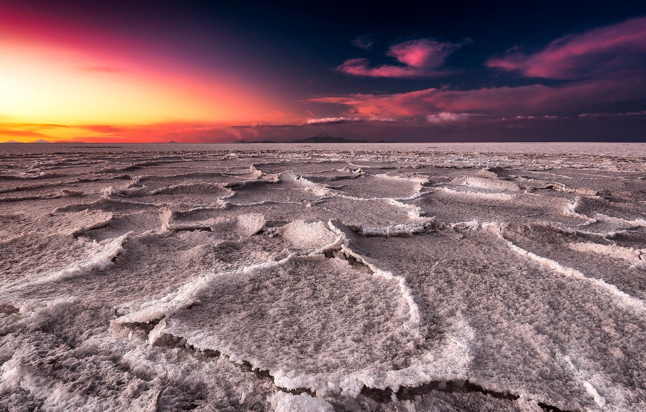 Wallpaper sunset lake salt Salar de uyuni Bolivia images for 1332x850