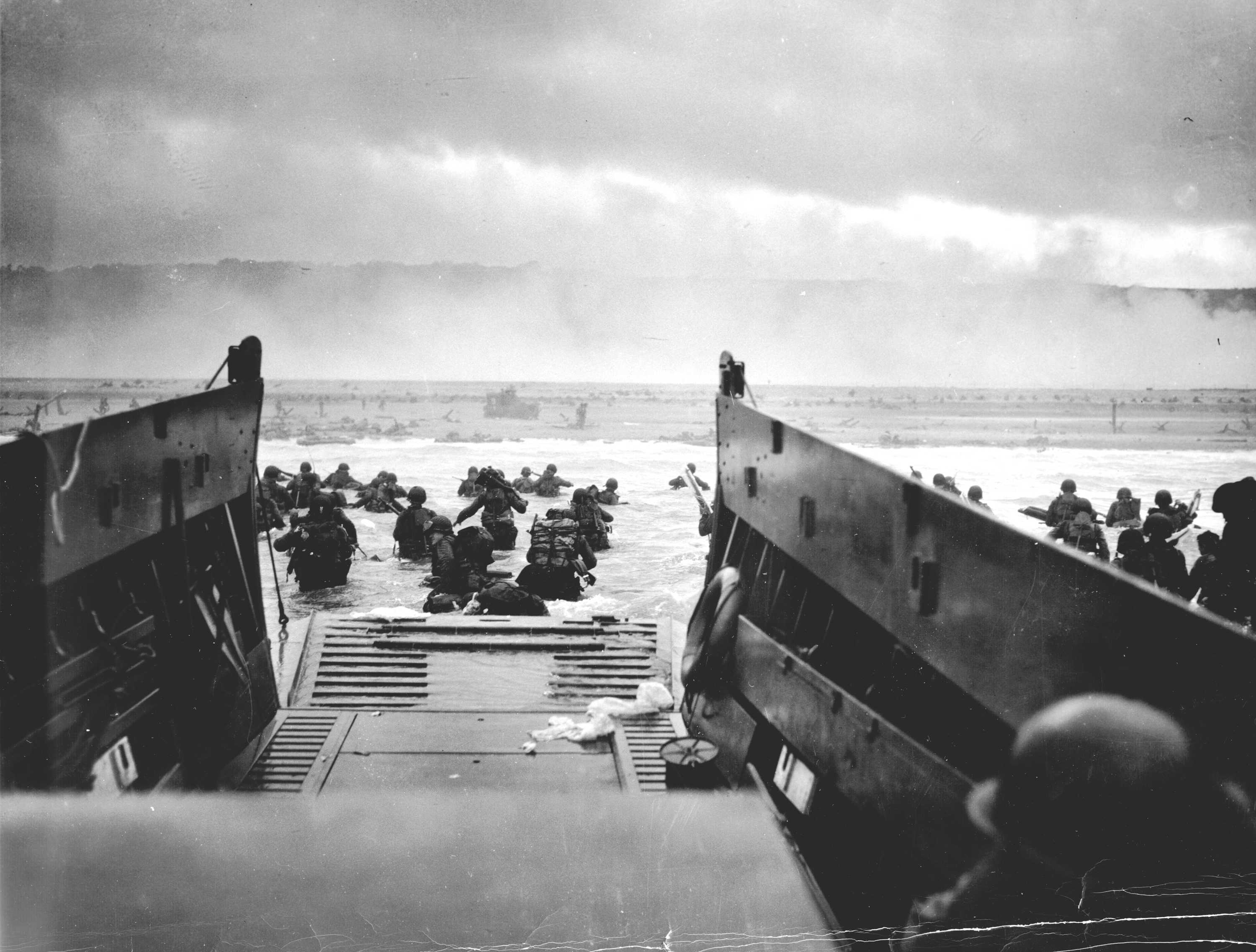 soldiers American Normandy France grayscale World War II D 3000x2274