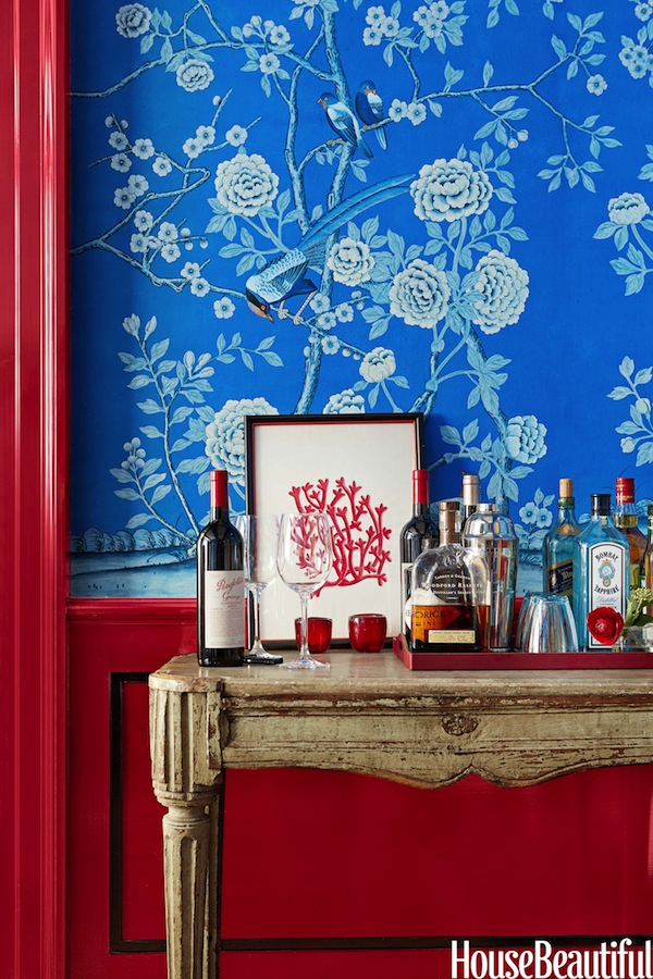 Chinoiserie Chic Chinoiserie Red White and Blue Painted Woodwork 600x900